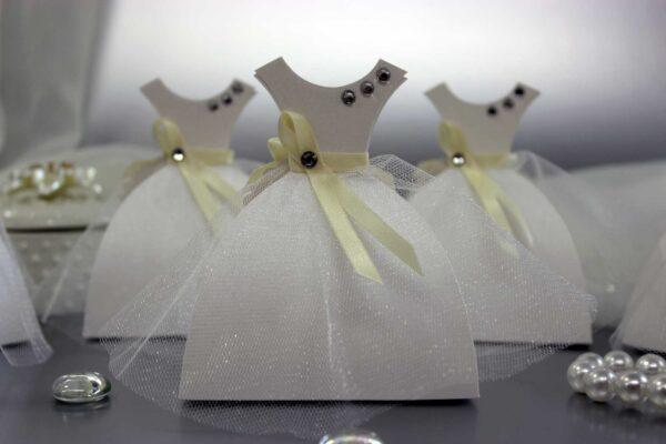 бонбоньерки платья с фатиновой юбочкой