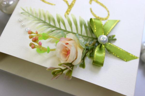 Бонбоньерки с цветком и глиттерными буквами